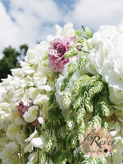 Grand Décor Floral