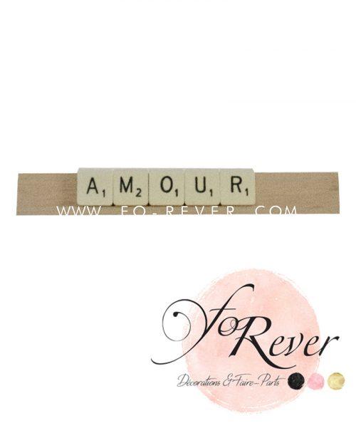 """Location de barre de scrabble avec lettres """"amour"""" - Forever décoration mariage"""