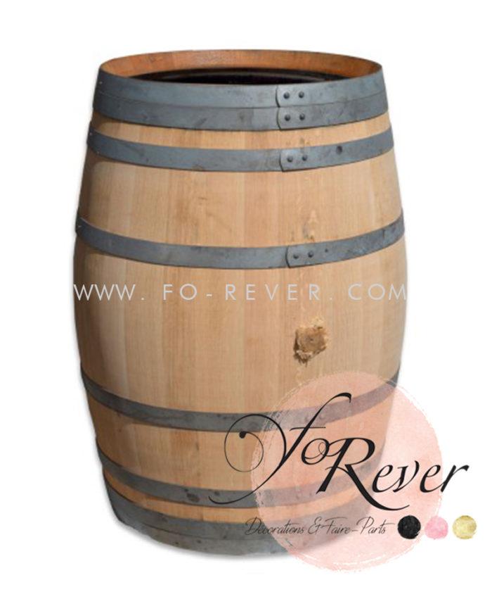 3 Tonneaux de vin en bois