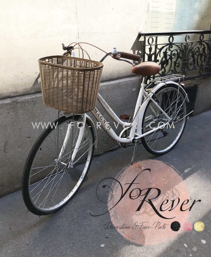 Vélo vintage blanc